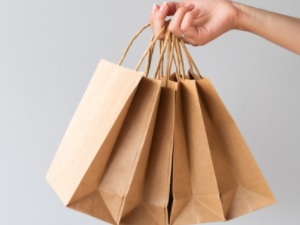 CUSTOMISE YOUR PAPER BAGS